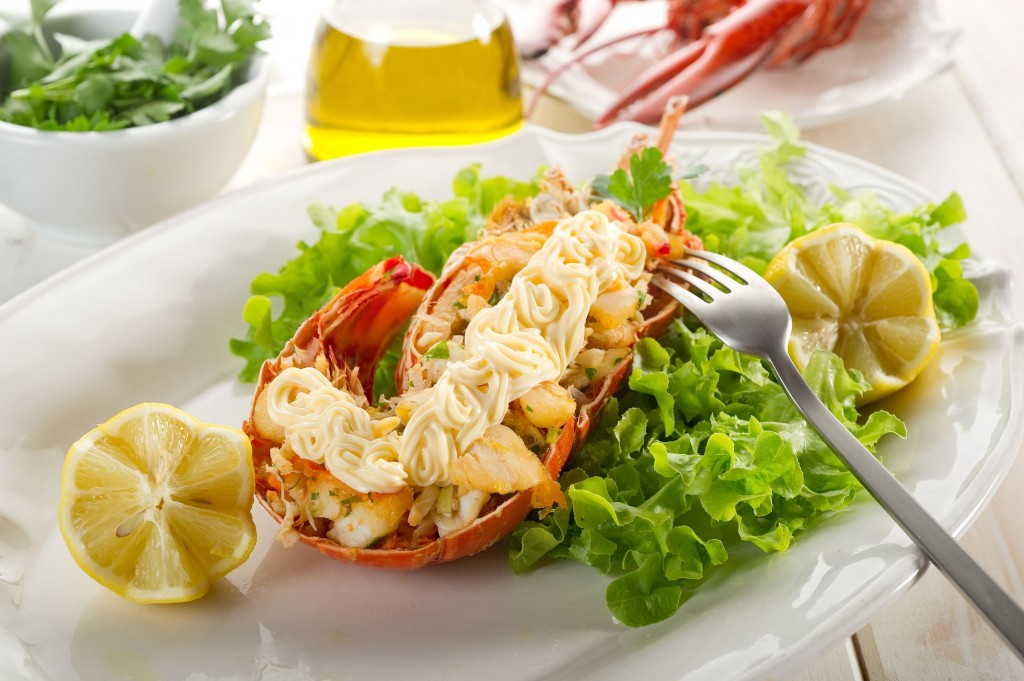 10242563 - lobster with mayonnaise sauce- aragosta con maionese